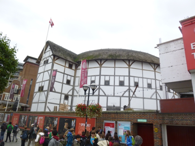 We didn't manage to see anything here, but it was nice to finally see The Globe with my own eyes, if nothing else. As an English teacher, I absolutely had to see this.