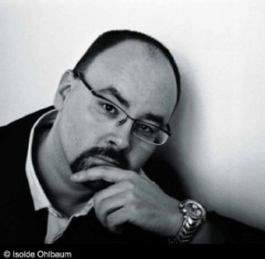Ruiz Zafón photo